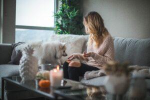 Het Gezinsleven - Lifestyle - Huishouden - Altijd een lekkere geur in huis, zo doe je dat! - Altijd een frisse geur in huis, ook met huisdieren
