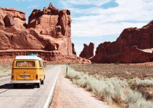 Het Gezinsleven - Vakantie - Autovakantie - 10 tips voor als je voor het eerst gaat kamperen - On the road again